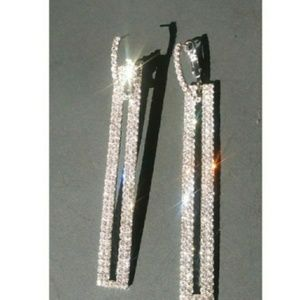 Very sparkly detachable rhinestone earrings